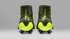 Nike 'Electro Flare' Pack
