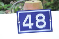 N-35 : Iron enamelled houses number with par LaBourgognedeNath