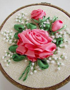 Ribbon embroidery - circle 001