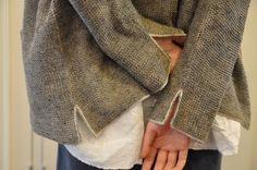 DANIELA GREGIS.... accoustics.... love the sweater details