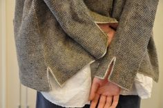 DANIELA GREGIS.... accoustics.... love the sweater details