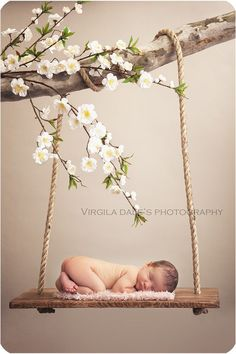 New Ideas For New Born Baby Photography : Newborn swing More (newborn baby photography family) - Photography Magazine Foto Newborn, Newborn Baby Photos, Newborn Pictures, Baby Girl Newborn, Baby Pictures, Family Pictures, Newborn Swing, Newborn Poses, Newborn Shoot