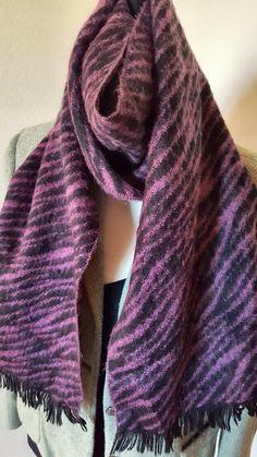 Cashmere Boutique 100/% Pure Cashmere Unisex Knitted Scarf 3 Colors, Size: 18 x 72
