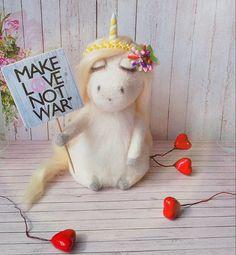 #artistlife #wool #woolart #3dmodelling #illustration #makelovenotwar #fantasy #uniquegift #homedecoration #hippies #mysticalcreature #fiberart #felting #feltart #animal #disciplineme #needlefelting #needlefelted #needlefelt #instagood #picoftheday #photooftheday #instaart #sculping #giftideas #modelling #feltedanimal #needlefelted #needlefeltart #unicorn