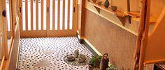 Japanese style entrance. #japan #japanese #entrance #floyer #idea #remodeling #mudroom