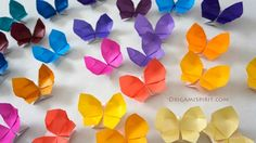 Looking for an origami butterfly? This fantastic origami butterfly opens into a box. Watch the easy video tutorials for this and many origami figures. Origami Diy, Origami And Kirigami, How To Make Origami, Paper Crafts Origami, Origami Folding, Origami Dragon, Origami Butterfly, Rainbow Butterfly, Origami Flowers Tutorial