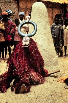 People Need The Lord, Tribal Rituals, Costumes Around The World, Art Premier, African Tribes, Animal Masks, Afro Art, African Masks, African Culture