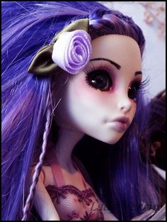 Spectra Vondergeist Monster High repaint