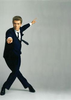 berlin-1976:Photographed for Vanity Fair, 1985 © Annie Leibovitz source - Condé Nast: The Brilliance Of David Bowie