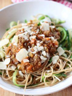 Zucchini_Linsenbolognese-mit-Zucchinispaghetti_Elenaisst