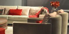 Immer auf dem neuesten Stand über Innendesign - Informationen zu hochwertiger Raumgestaltung vom professionellen Innenarchitekten - SEMM Innenarchitektur Sofa, Couch, Furniture, Home Decor, Interior Architects, Room Interior Design, Architecture, Settee, Settee