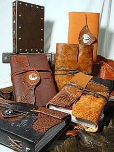 Heirloom Leather Journals.  http://www.roguejournals.com/heirloom_leather_journals.html