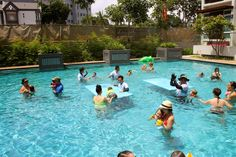 Pool party entertainment by Kids Pool Party SG in Singapore! Fantastic…