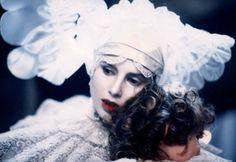 """Sadie Frost in """"Bram Stoker's Dracula"""""""