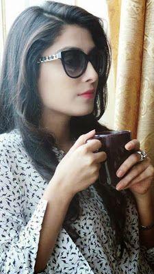 Ayeza Khan Happy New Year Photoshoot - Pakistan Celebrities Pakistani Models, Pakistani Girl, Pakistani Actress, Best Facebook Profile Picture, New Year Photoshoot, Very Pretty Girl, Beatiful People, Dps For Girls, Ayeza Khan