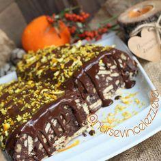"""1,802 Beğenme, 5 Yorum - Instagram'da Rabia Torun (@5cayi.tarifleri): """"@nursevincelezzetler ellerinize sağlık teşekkür ederiz... ・・・ Annem / ablam usulü mozaik pasta ..…"""" Desserts, Instagram, Food, Rage, Tailgate Desserts, Deserts, Essen, Postres, Meals"""