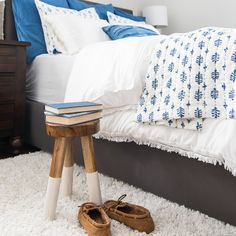 Decorating Ideas & Trends Archives - Jenna Kate at Home Decorating Your Home, Decorating Ideas, Paint Colors, Beautiful Homes, Easy Diy, Toddler Bed, Home Improvement, Diy Projects, Throw Pillows