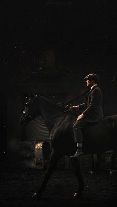 Shelby and Horse Peaky Blinders Tv Series, Peaky Blinders Poster, Peaky Blinders Wallpaper, Peaky Blinders Season, Peaky Blinders Quotes, Peaky Blinders Tommy Shelby, Peaky Blinders Thomas, Cillian Murphy Peaky Blinders, Cute Wallpapers