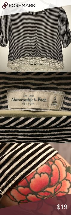 CUTE Striped Crop Top - Abercrombie & Fitch I love this adorable striped crop top, with lace detail at the bottom of the shirt...it would be a great addition to anyone's closet! Black and white. Minimalist, sexy yet comfortable...✌🏽🍦 Abercrombie & Fitch Tops Crop Tops