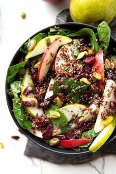 A delicious and simple to make red quinoa salad with apples, pears, pistachios, dried cranberries + cherries, and topped with a fresh homemade lemon poppyseed vinaigrette. It's a crazy thing that I just discovered how delicious apples are in salads. Red Quinoa Salad, Sweet Potato Quinoa Salad, Quinoa Spinach, Green Apple Recipes, Apple Quinoa Recipe, Apple Salad, Healthy Salad Recipes, Fruit Recipes, Diabetic Recipes