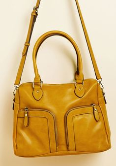 Give It Your Haul Shoulder Bag in Mustard