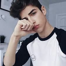 Find images and videos about boy, guy and manu rios on We Heart It - the app to get lost in what you love. Tumblr Boys, Beautiful Boys, Pretty Boys, Manu Rios, Story Instagram, Selfie Poses, Hot Boys, Handsome Boys, Cute Guys