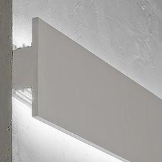 Cornice per led in gesso Hidden Lighting, Cove Lighting, Indirect Lighting, Home Lighting Design, Ceiling Design, Interior Lighting, Strip Led, Blitz Design, Led Stripes