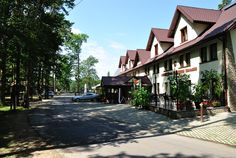 Grand Hotel in a woods area. Hotel *** in a recreation resort, in a forest. Little Cottages, Grand Hotel, Trout, Woods, Beach, Nature, Naturaleza, The Beach, Small Cottage Homes