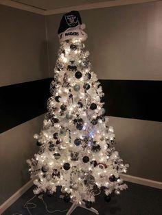 My friend's all RAIDER christmas tree...