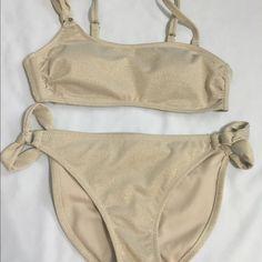 Xhilaration bikini Like new ! Small top med bottoms Swim Bikinis