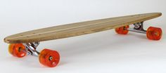 Lazyboy – S « Hand crafted from recycled oak by the guys at Loki Longboards