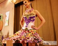 Contest 'Flower dress' in Samara (Russia), 07.04.2012 | FLOWERCAST.COM | All about flower design, floristics.