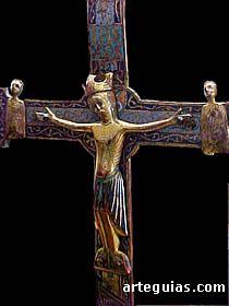 Cristo con esmaltes de Limoges