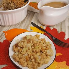 Instant Pot Stuffing is an easy recipe made in the pressure cooker. It keeps you out of the kitchen spending quality time with your loved ones. Pressure Cooker Chicken, Instant Pot Pressure Cooker, Pressure Cooker Recipes, Pressure Cooking, Easy Stuffing Recipe, Stuffing Recipes For Thanksgiving, Holiday Recipes, Turkey Stuffing, Holiday Foods