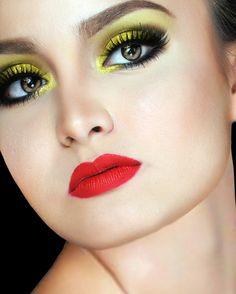 Dramatic yellow eyeshadow mua: Wenwen Zaspa