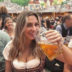 Octoberfest Girls, Oktoberfest Beer, German Beer Festival, Beer Maid, Beer Girl, Beer Opener, Great Inventions, German Girls, Sweet Life