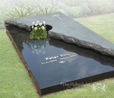 Tombstone Designs, Cemetery Art, Funeral, Diy And Crafts, Projects To Try, Garden, Flowers, Home Decor, Ideas