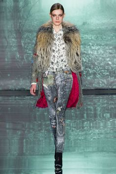 Nicole Miller - NYFW Fall/Winter 2015-2016 - www.so-sophisticated.com