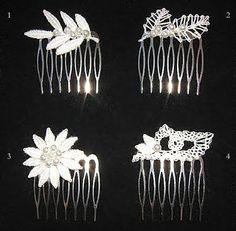 de spoel etta Tatting Jewelry, Lace Jewelry, Crochet Jewellery, Romanian Lace, Bobbin Lace Patterns, Wire Crochet, Lacemaking, Needle Lace, Hair Ornaments