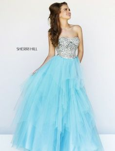 Henri's Cloud Nine is the nation's LARGEST Sherri Hill retailer! Find this and all of your favorite Sherri Hill prom dresses at www.henris.com!