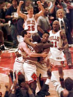 Jud Buechler, Michael Jordan, Scottie Pippen, Dennis Rodman and Steve Kerr.
