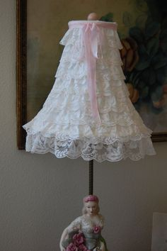Shabby Chic DIY Lace Lampshade