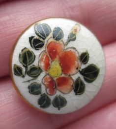 BEAUTIFUL Antique Vintage Porcelain Satsuma FLOWERS & GILT Button!