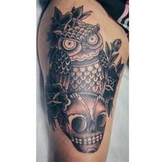 Tattoo  Skull, Tattoos, Tatuajes, Tattoo, Cuff Tattoo, Skulls, Flesh Tattoo