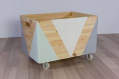 Wooden Toy Boxes, Diy Home Decor, Room Decor, Woodland Nursery Decor, Diy Interior, Baby Decor, Home Organization, Diy For Kids, Kids Bedroom