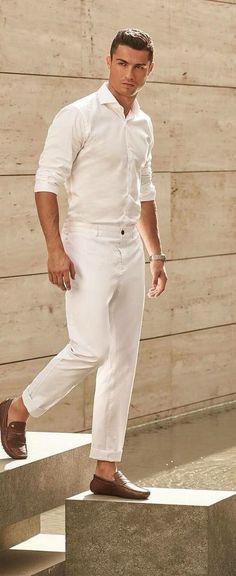 Mens Casual Dress Outfits, Formal Men Outfit, Summer Outfits Men, Stylish Mens Outfits, Casual Shirts, T Shirts, Cristiano Ronaldo Haircut, Cristiano Ronaldo Style, Ronaldo Juventus
