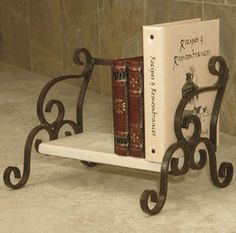 Butler's Shelf.......THIS WOULD BE GOOD FOR MY RECIPIE BOOKS
