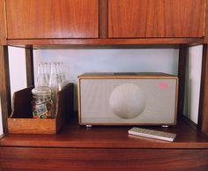 Geneva Model M. Stylish sound system.