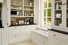 London kitchen. Designer: Martin Moore, Westbourne Grove, London. House and Garden 2016