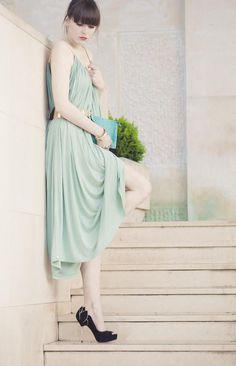 Shop this look on Kaleidoscope (dress, pumps, belt, clutch)  http://kalei.do/W43Q8Y3ZVBbS4zS9